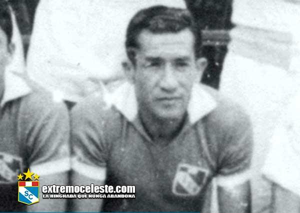Faustino Delgado Alabarrera, Delantero Sporting Cristal